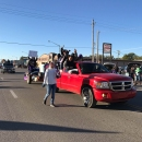 10-28-2017_Homecoming-Parade_sb_IMG_2930-19
